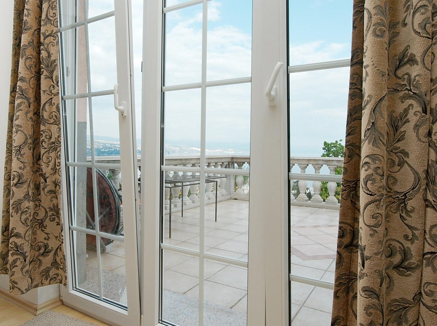 Размеры окна дачного дома